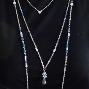 SILVTONE BLUE & GRAY CRYSTAL 3 ROW BEADED 30""